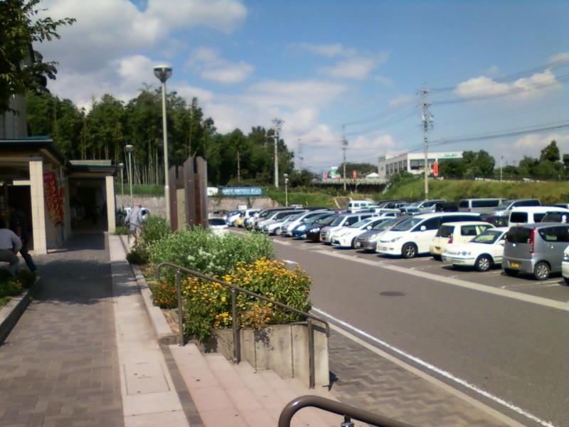 道の駅・月見の里南濃の駐車場
