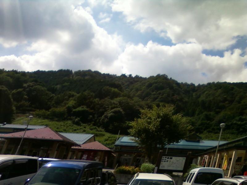 道の駅・月見の里南濃の裏山
