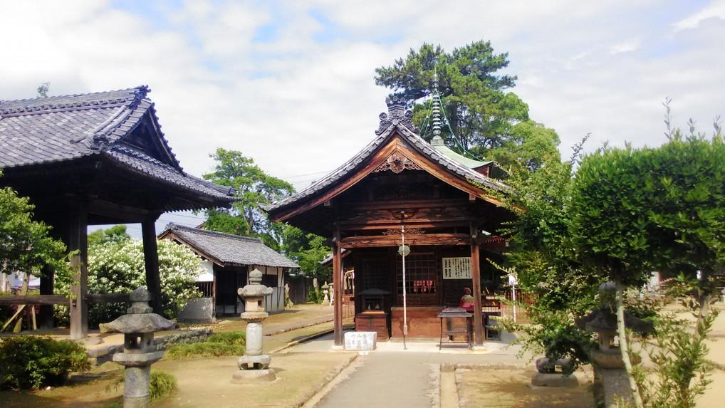 大塚性海寺公園境内