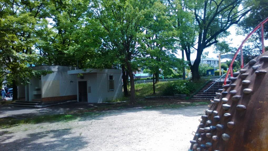茶屋ヶ坂公園トイレ