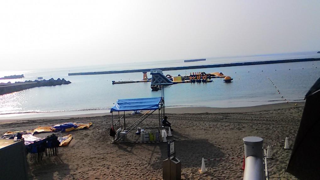 熱海海水浴場の有料遊技場