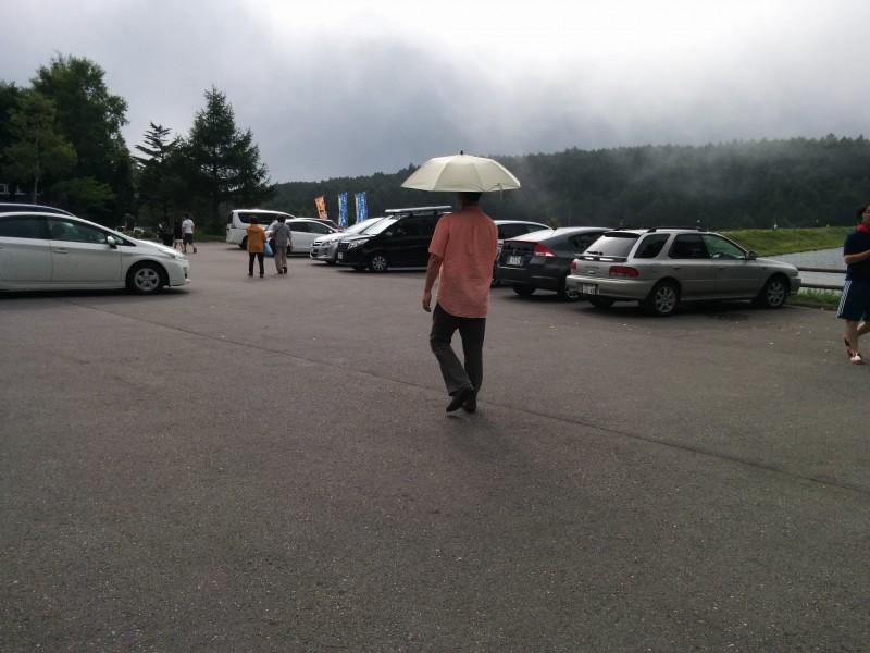 女神湖の無料駐車場