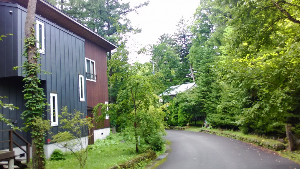 旧軽井沢別荘地の風景大型の別荘