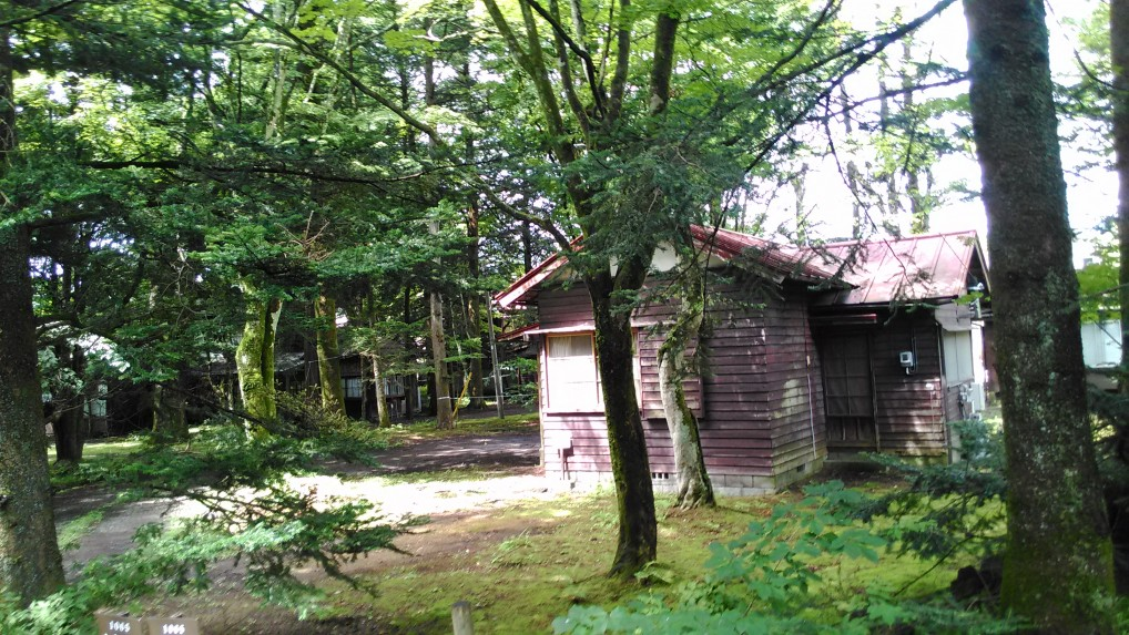 旧軽井沢別荘地の風景小さい別荘