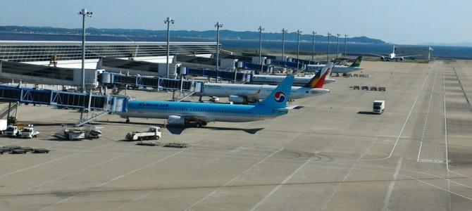 飛行機好き!空港のスカイデッキから見る滑走路と旅客機の雄姿(中部国際セントレア)