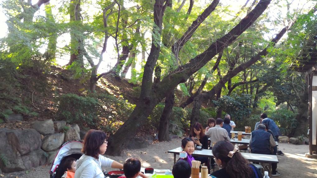 名古屋城食事処「きしめん」さんの屋外の食事場所