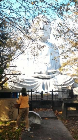 布袋の大仏「御嶽薬師尊」