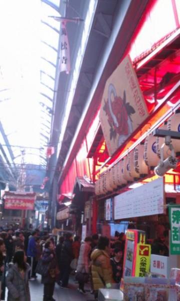 大須万松寺(名古屋市中区)入り口付近