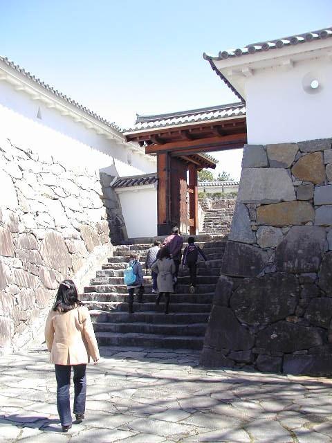 舞鶴城公園(甲府城跡)城壁と戒壇