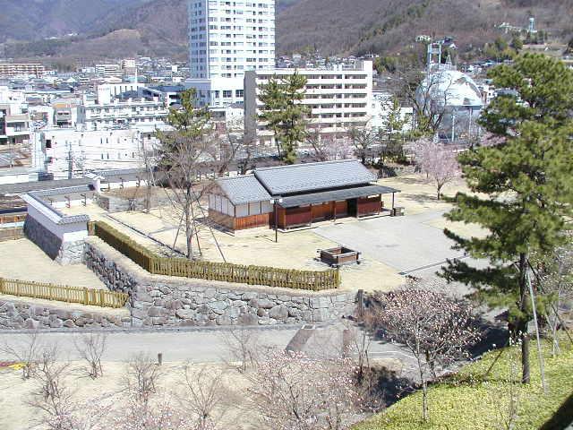 舞鶴城公園(甲府城跡)からの展望景色