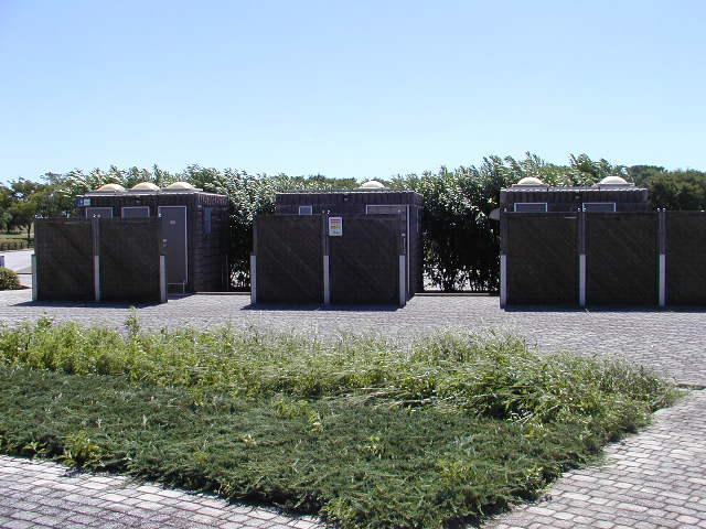 祖父江砂丘(木曽三川公園)の更衣室