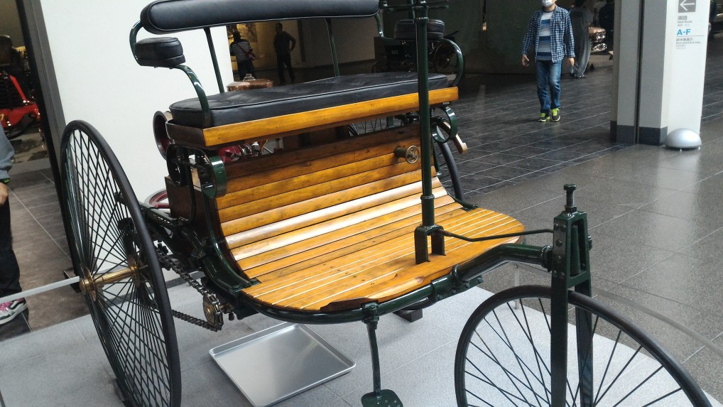 トヨタ博物館二階の欧米車1880年ごろ