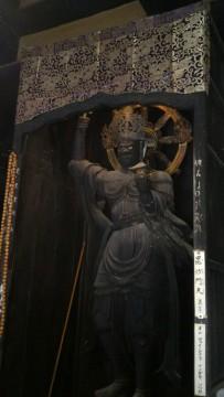 香嵐渓の香積寺の毘沙門天