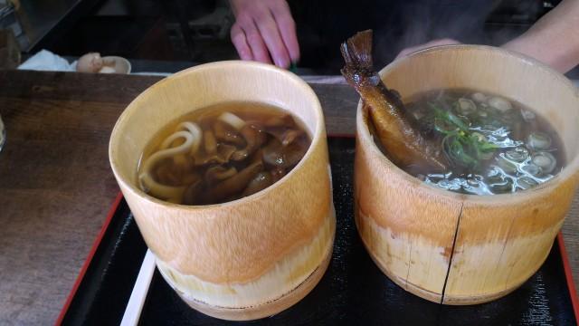 香嵐渓の「桧茶屋」さんでなめこうどんと鮎そば
