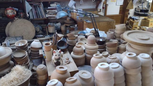 香嵐渓「三州足助屋敷」お椀を作る職人さん