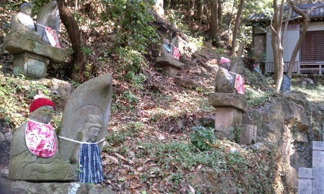 愛知県犬山市寂光院の七福神坂にあるお地蔵様