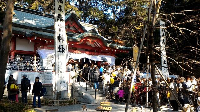 静岡県熱海市来宮神社初詣風景