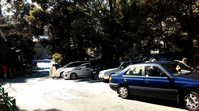 静岡県熱海市来宮神社下の駐車場の様子