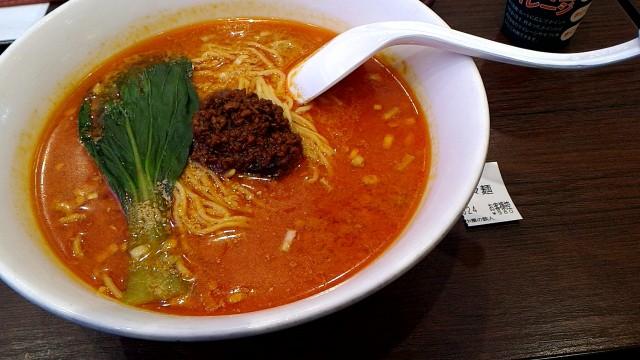 新東名上り浜松サービスエリア「中華の鉄人」で担々麺