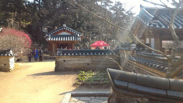 熱海梅園の韓国庭園の様子