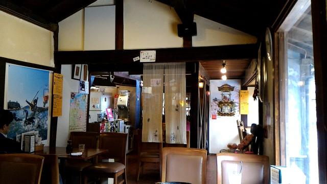 犬山城下町本町通の「なつかしや」さんの店内レトロ
