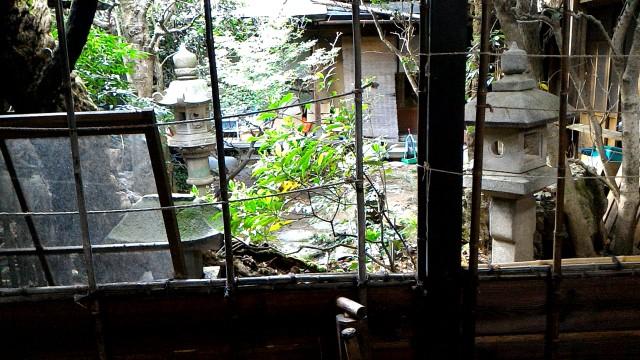岐阜県郡上市郡上八幡のおもだか家民芸館の中庭