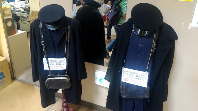 レトロ電車館(名古屋市市電地下鉄保存館)の昔の乗務員の制服制帽