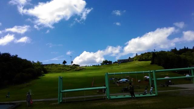 茶臼山高原のの風景、こどもの遊具いろいろ