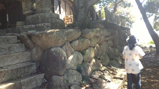 「尾張富士大宮浅間神社」犬山市奥宮の石垣