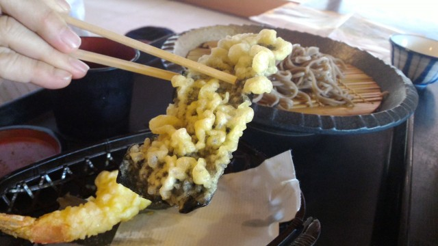 日本昭和村のそば処「とうげ」の天ぷらののり天ぷら