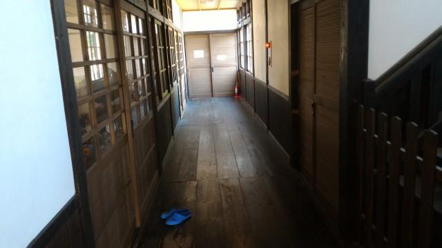 日本昭和村(岐阜県美濃加茂市)の双六学校校舎内