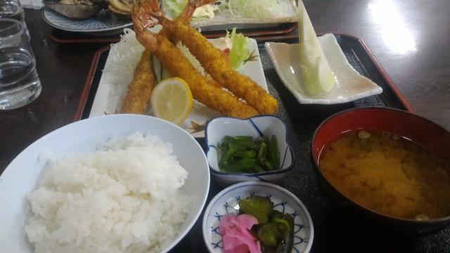 伊良湖岬の「伊良湖亭」ランチ海老フライ定食