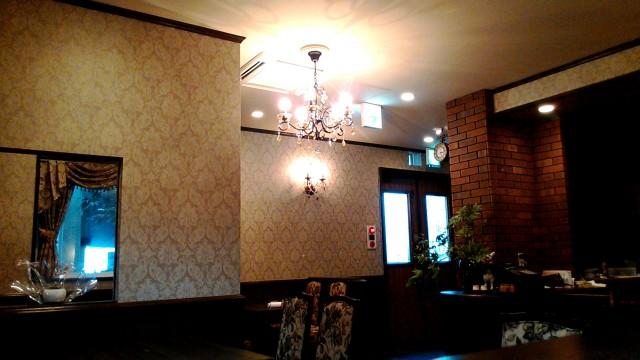 名古屋市西区四間道の「月のうさぎ」カフェダイニング店内