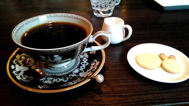 名古屋市西区四間道の「月のうさぎ」カフェダイニングブレンドコーヒー