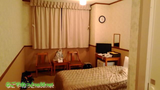 「熱海ホテルパイプのけむり」客室