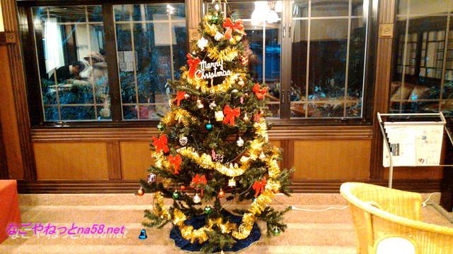 熱海温泉「熱海ホテルパイプのけむり」のラウンジのクリスマス飾り