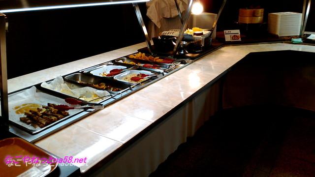 熱海温泉「熱海ホテルパイプのけむり」夕食バイキング料理