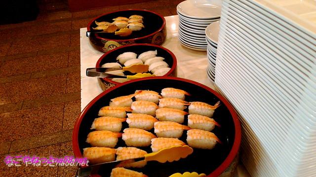 熱海温泉「熱海ホテルパイプのけむり」夕食バイキングのお寿司