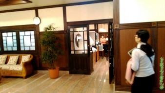 「熱海ホテルパイプのけむり」ロビー右手のレストラン食事会場