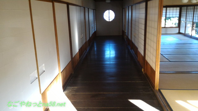 鯉料理「大黒屋」(三重県桑名市)奥座敷への廊下