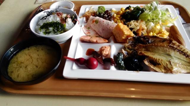 「熱海ホテルパイプのけむり」で満足朝食バイキングとお土産