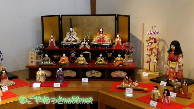 佐布里池の梅林(愛知県知多市)梅っ花そうりの雛飾り