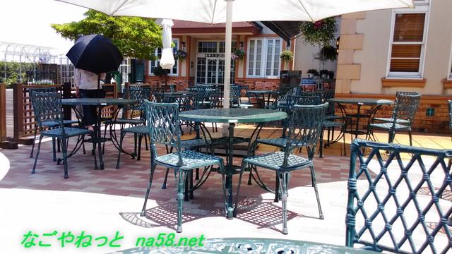 ブルーボネットのレストラン「アウラ」のオープンカフェ