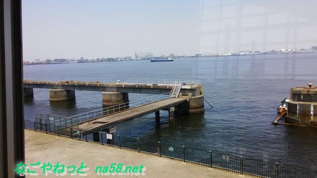 名古屋観光の名所港区のフラワーガーデン「ブルーボネット」のサニーハウス二階から海の眺め