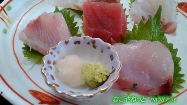 伊豆下田の金目亭で三種のキンメダイのお刺身アップ
