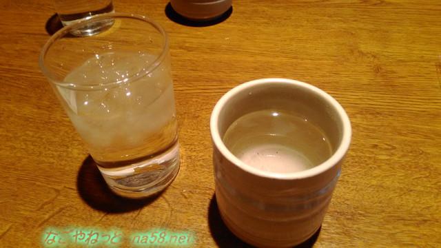 鍋料理めん処サガミ・志賀公園店さゆとお冷がでました