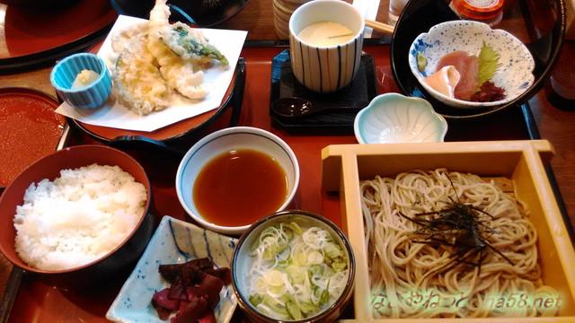 サガミ(名古屋市北区志賀公園店)ランチ・天ぷらとざるそばセットサガミランチ
