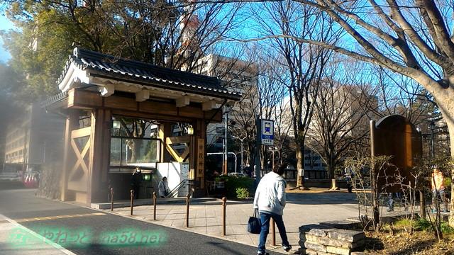 名古屋城の東門宗春ゾーンへ続く、地下鉄市役所出口