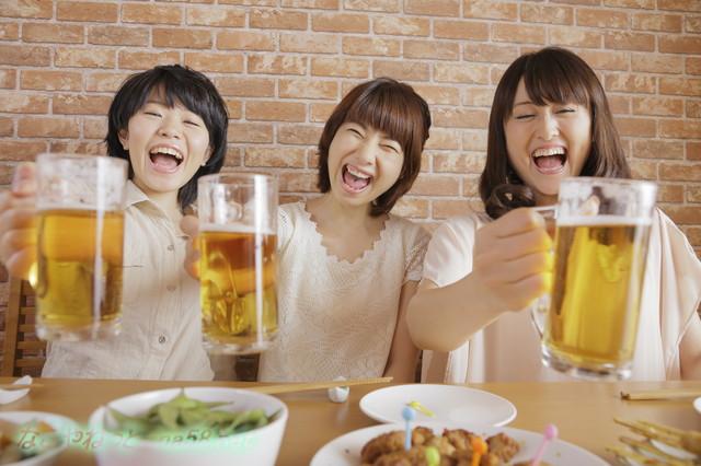 飲み放題・食べ放題の海鮮BBQ名古屋金シャチ横丁で!ビールで乾杯