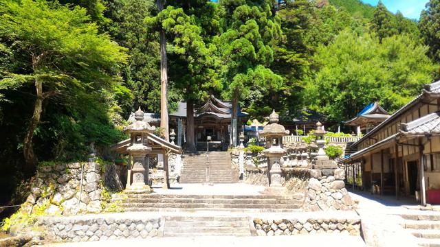 甘南美寺(岐阜県山県市長滝)外観